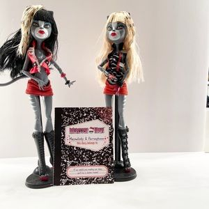 Monster High- meowlody and purrsephone